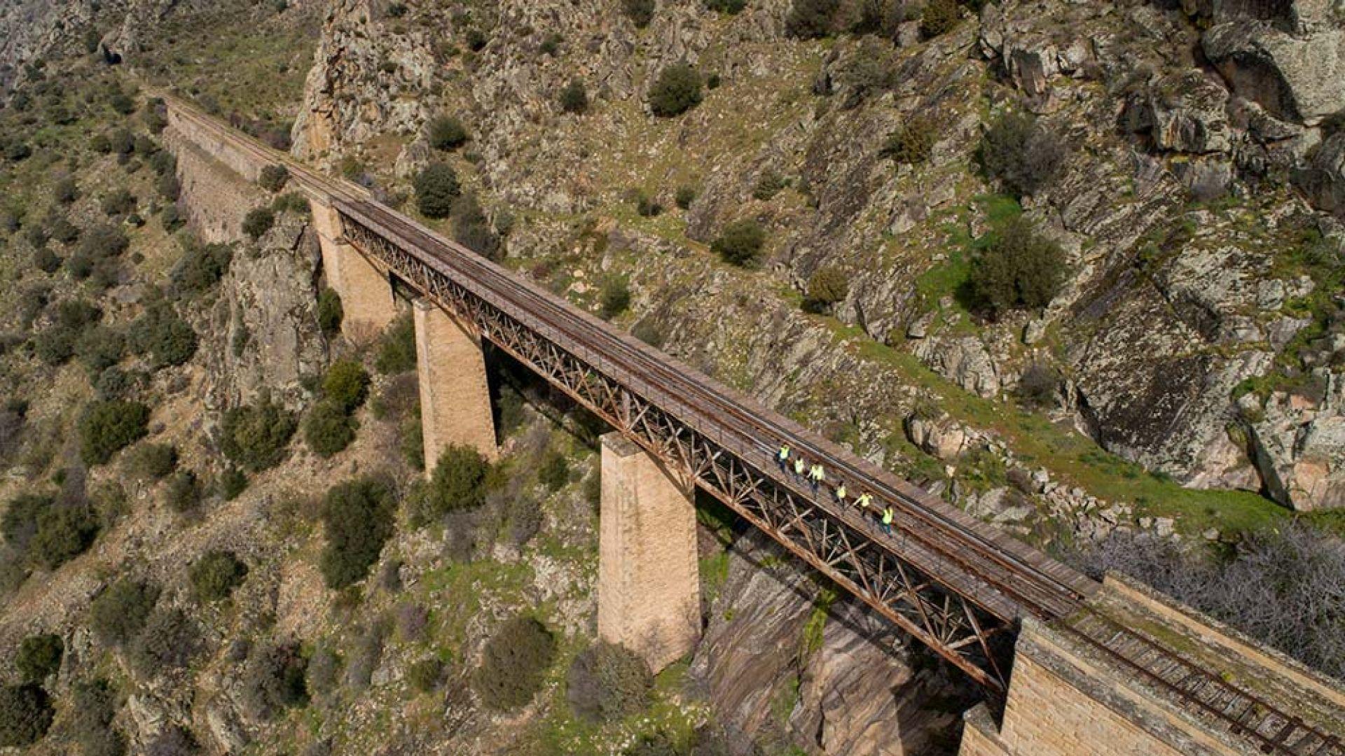 Puente Morgado Camino de Hierro